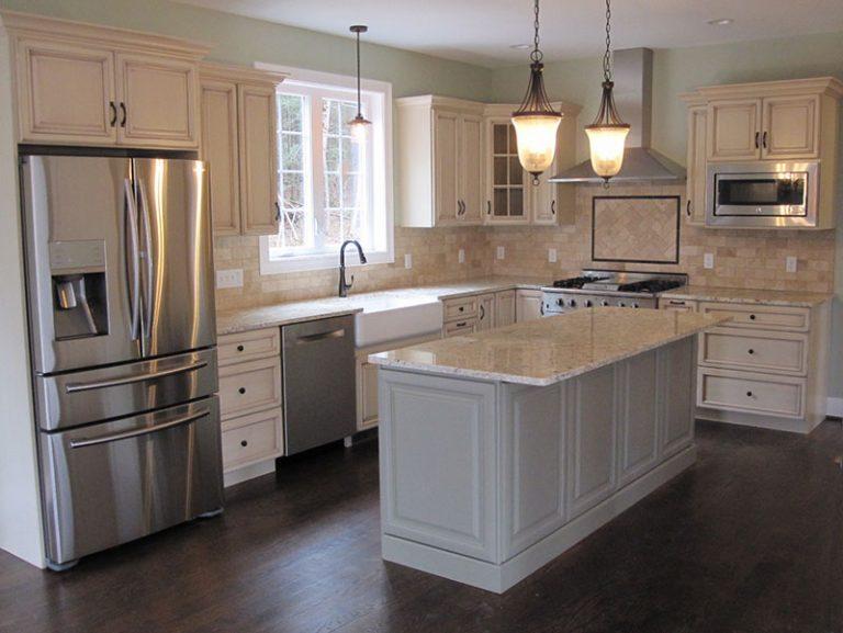 Kitchen with dark hardwood floor and island