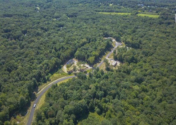 Arial view of Evergreen Crossing in New Hartford, CT.